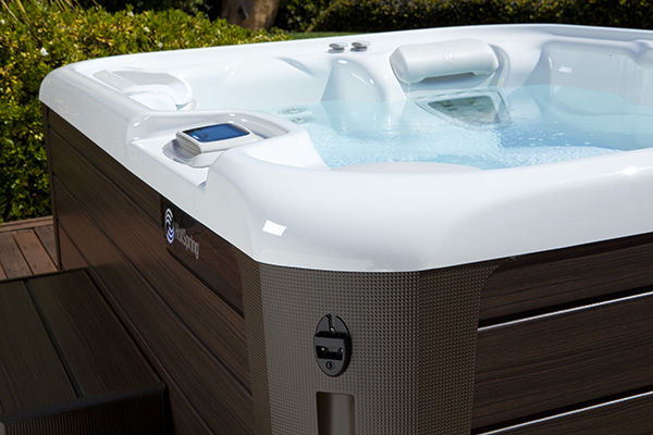 Jetsetter Nxt 3 Person Hot Tub Northern Spas Outlet