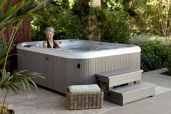 Jetsetter 3 Person Hot Tub Northern Spas Outlet