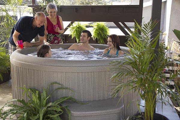 Aptos Sand Hot Tub