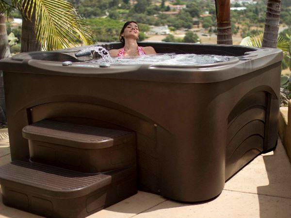 Cascina Espresso Hot Tub